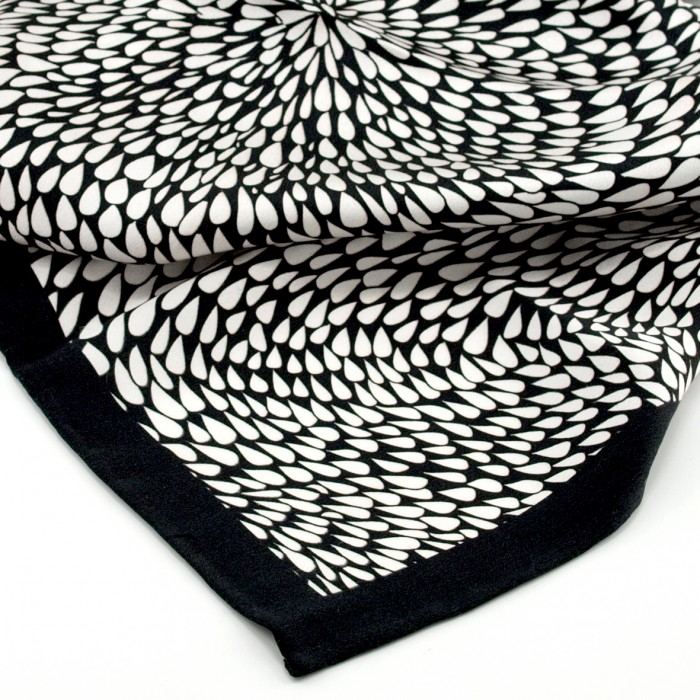SPIRIAL - Silk Bandana 50cm (Black Edge)